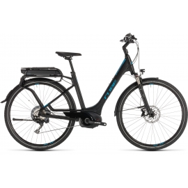 VTC à assistance électrique Cube Kathmandu Hybrid EXC 500 black'n'blue Easy Entry 2019